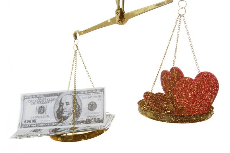 деньги или любовь