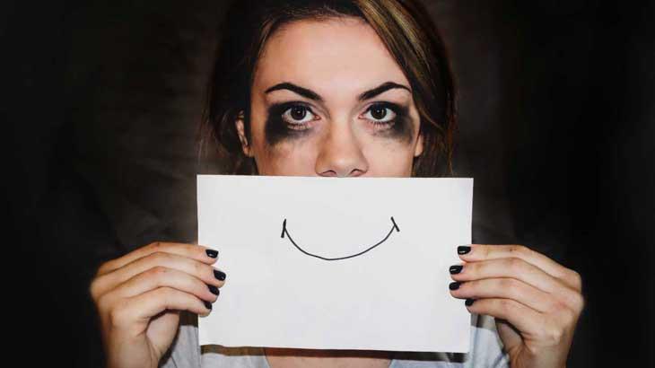 Депрессия: какие симптомы и признаки, как из неё выйти, лечение депрессии
