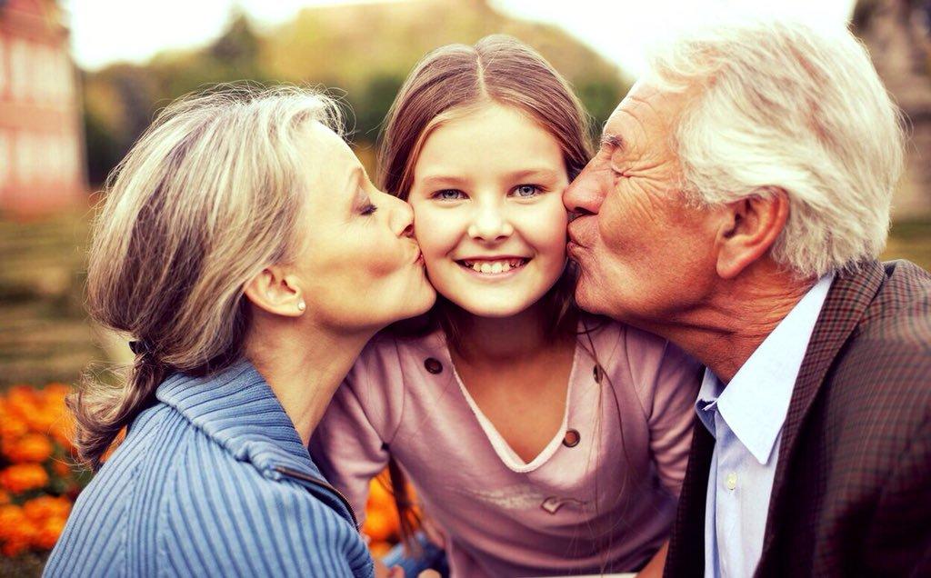 радость для стариков и детей