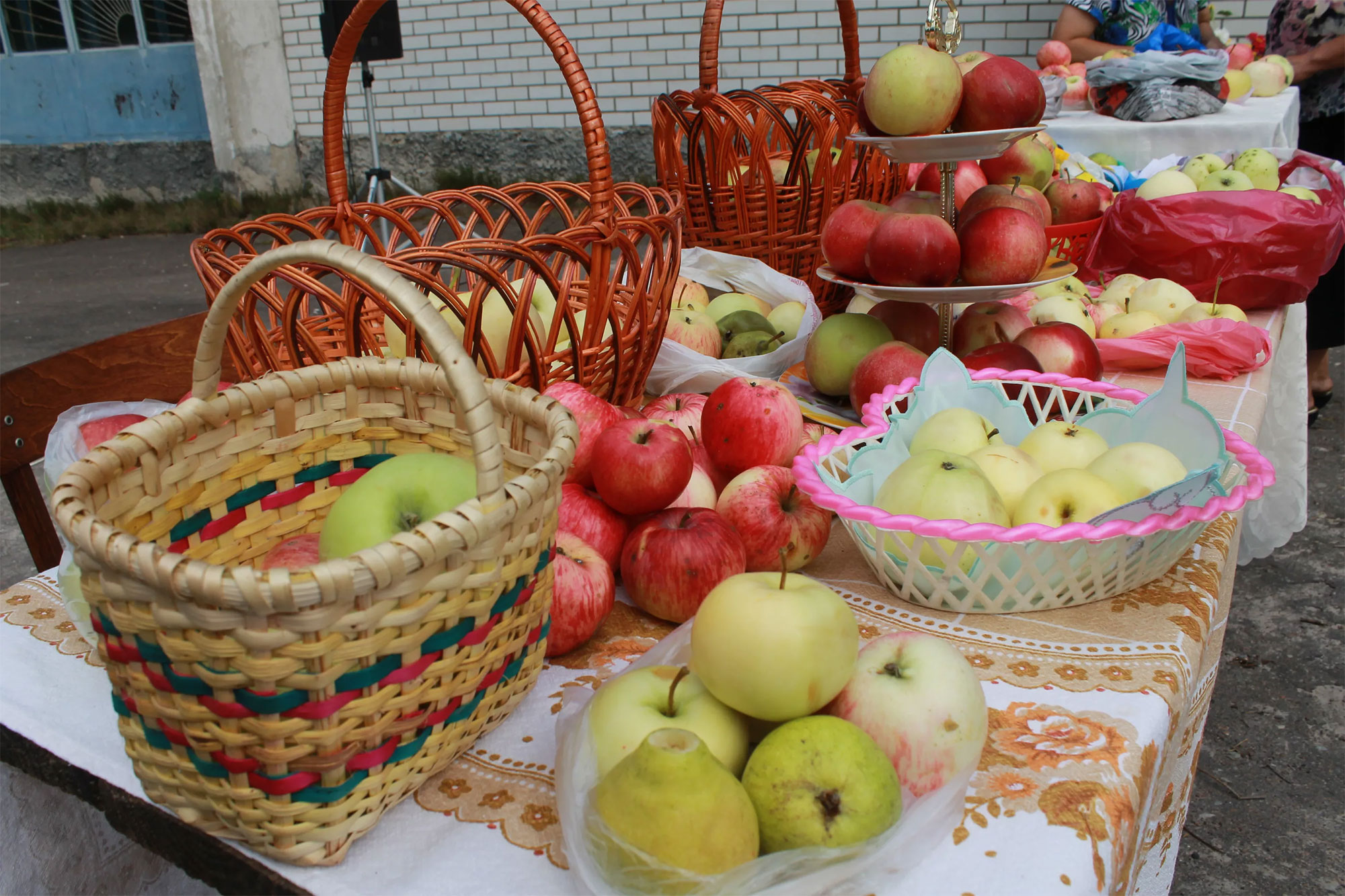 19 августа спас яблочный
