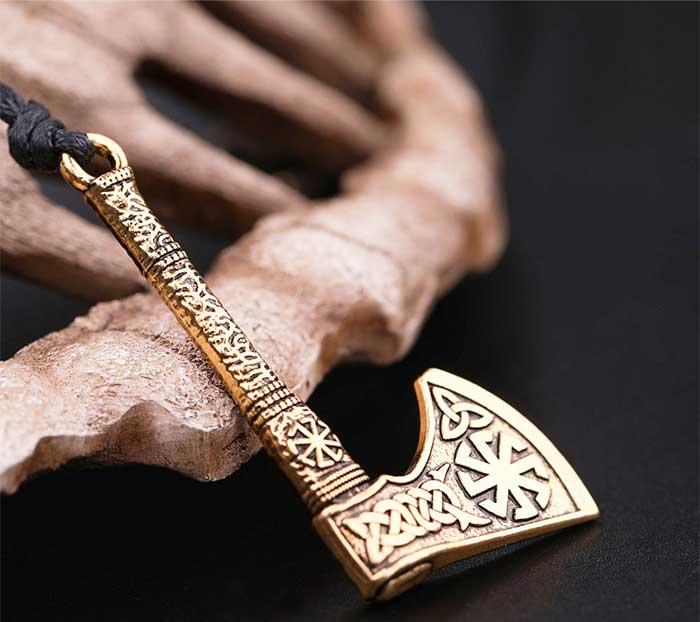 Перун секира символ славян